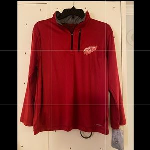 Detroit Red Wings Majestic  pull over - size L